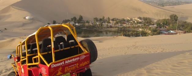 Stuntvliegen boven Nazca en Sandboarden in Huacachina